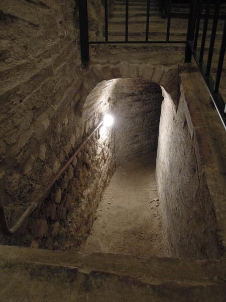 ingresso del cunicolo nella Via Tecta